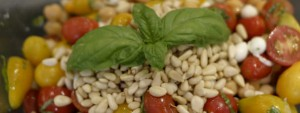 Tomato, Bocconcini and Chickpea Salad