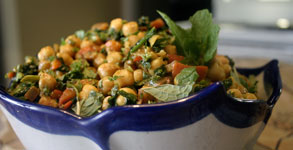 Curried Chickpea, Spinach and Roasted Red Pepper Salad