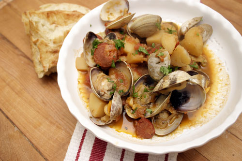 Linguine With Clams And Chorizo Recipes — Dishmaps