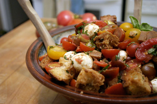 Simple Caprese Bread Salad