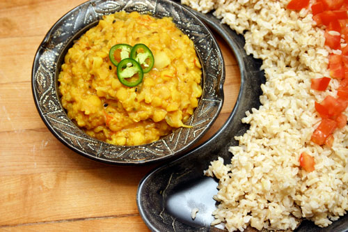 Looks like hell, tastes like dinner: Cauliflower Daal
