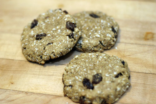 Lets horrify the children: Oatmeal Raisin Breakfast Cookies