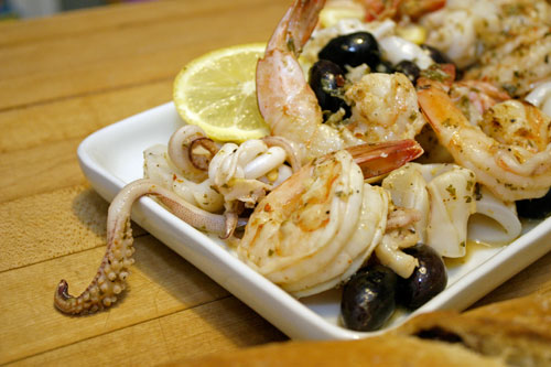 grilled-garlic-and-lemon-calamari-10