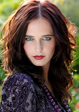 For the purposes of this article, the part of Get 31 will be played by French Pretty Lady Eva Green